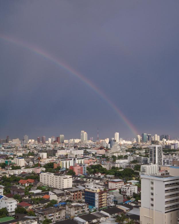 regenboog in BKK - Regenbogen in Bangkok