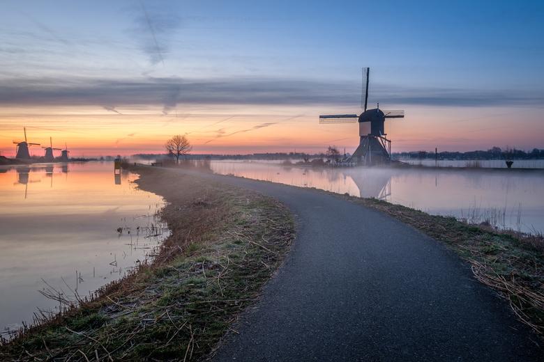 path through windmill city