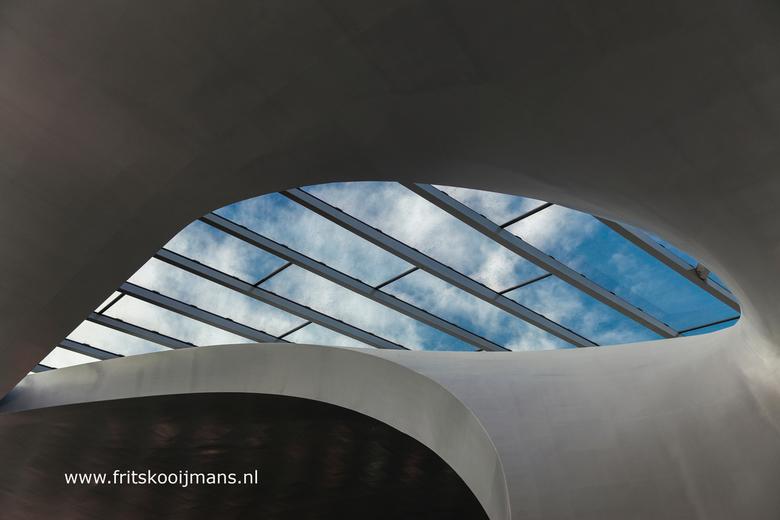 Doorkijkje centraal station Arnhem - 20160305 1883 Doorkijkje centraal station Arnhem