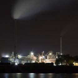 Duisburg bij nacht