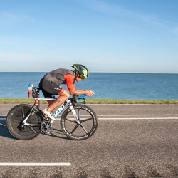 Jan Raphael, winnaar Challenge Almere-Amsterdam Triatlon 2016