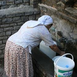 Bewerking: Water halen.