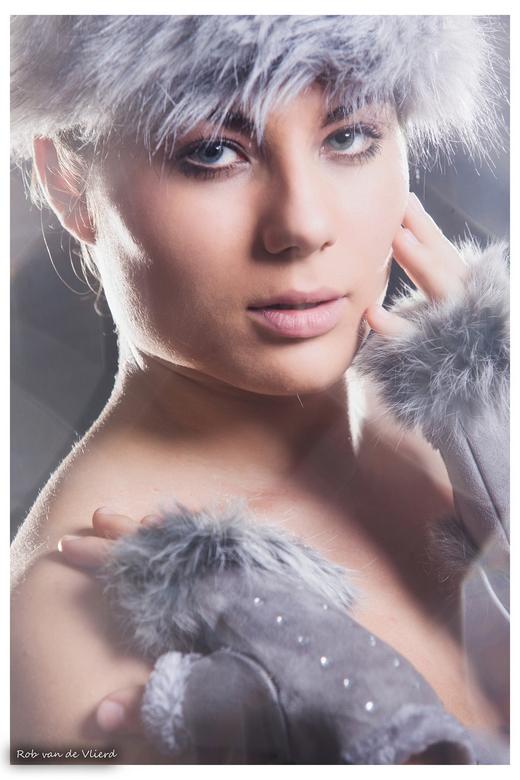 Hot winter ! - Studio foto met Suzanne<br /> Visagie: Orpnoroloc