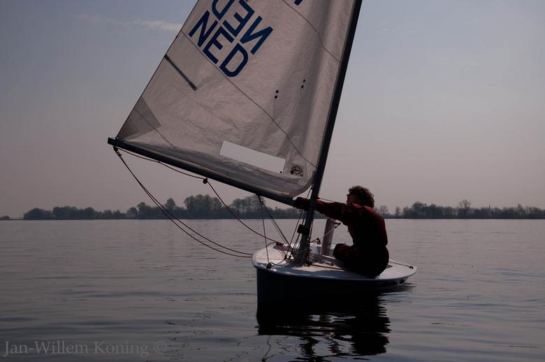 hopen op wind - zo sportief het water op, om daar te wachten op wind. <br />