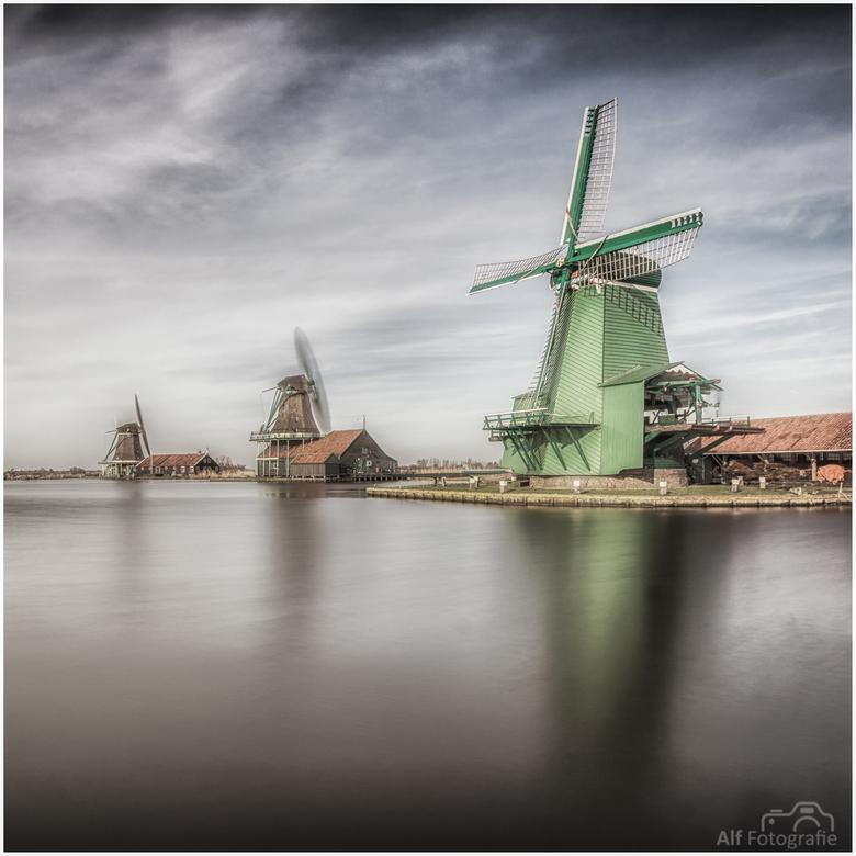 Zaanse Schans - Een long Exposure van de molens in de Zaanse Schans.