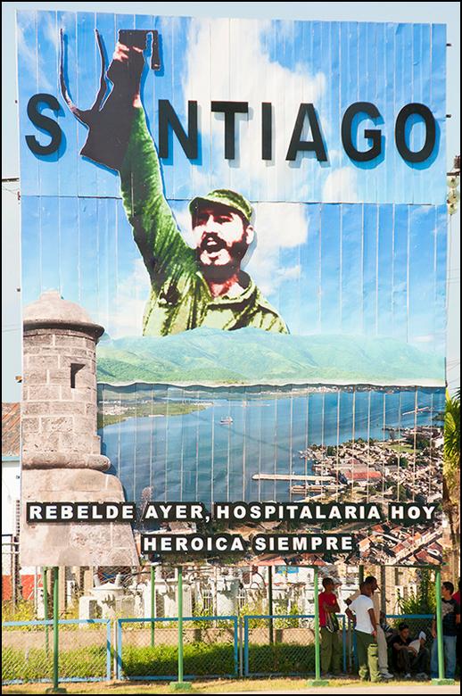 Cuba 135 - Fidel Castro is een persoonlijkheid die het heel sterk van zijn expressie moet hebben. Het is een dominant baasje met een opvliegerig karak