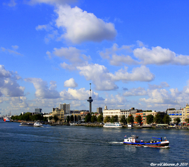 Euromast Rotterdam - De Maas Rotterdam