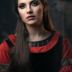 elf in medieval dress