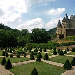Schloss Burresheim met Franse tuin