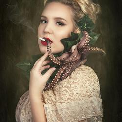 Octopuss girl