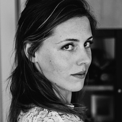 Zelfportret in zwart-wit