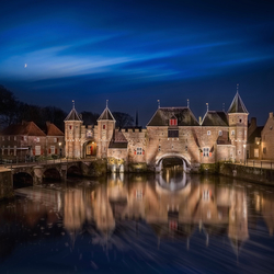 Koppelpoort at Night