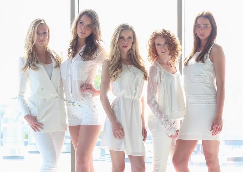 Girls In Town - &#039;Girls In Town&#039; Are you ready for them?<br /> <br />  Modellen: Rowan Tromp, Zoë Niewold, Melissa Scherpen, Judith Hulst e