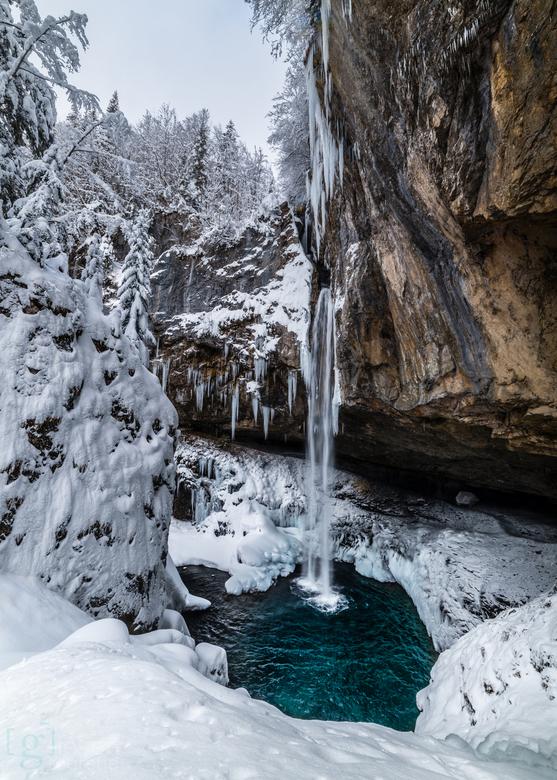 Waterval Berglistüber - De schitterende waterval van Berglistüber in Zwitserland..