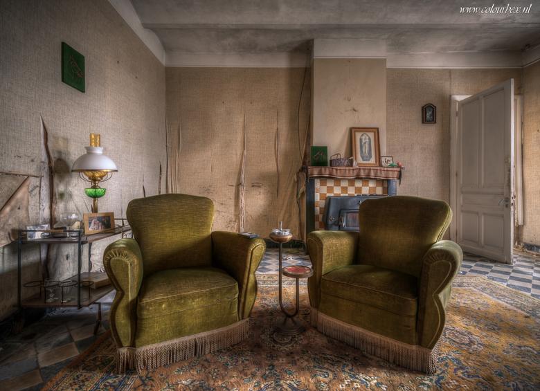 De rokerssalon - Een lekker vervallen kamertje in een oude boerderij.