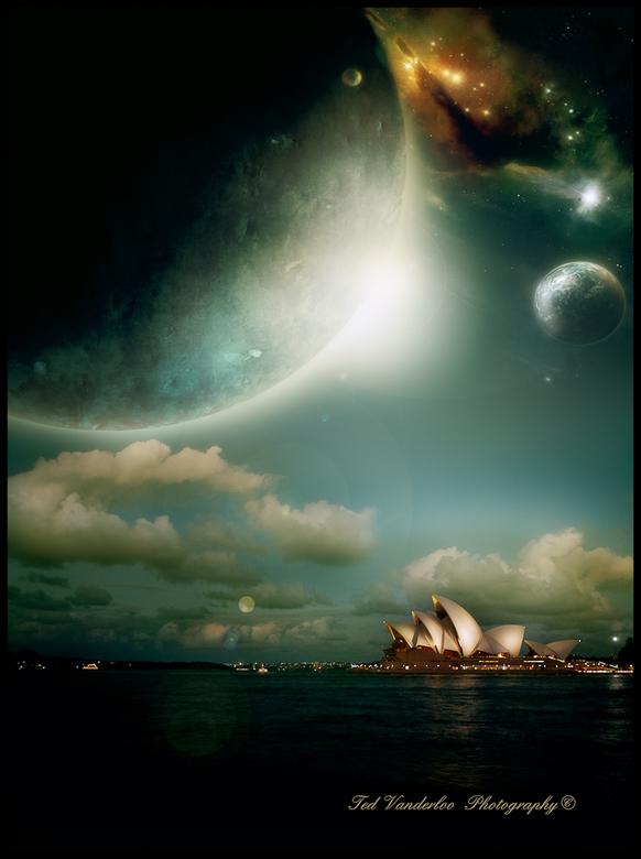 Opera house on a different planet - Beetje m'n skills uit proberen op het PS vlak.