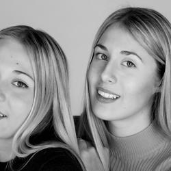 Verena en Davina zusjes met zo mooie ogen