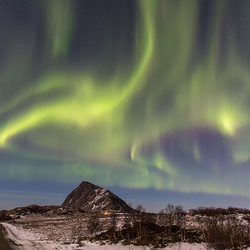 Dancing aurora borealis