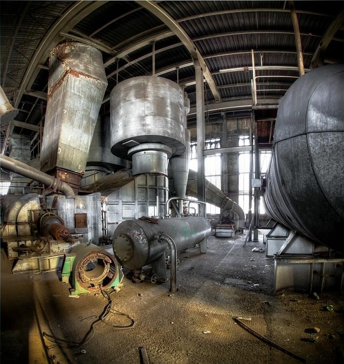 &quot;Metal Towers&quot; - Onlangs bij Central Thermique geweest, dit is de derde uit een serie panorama&#039;s die ik zal posten.<br /> <br /> (Bes