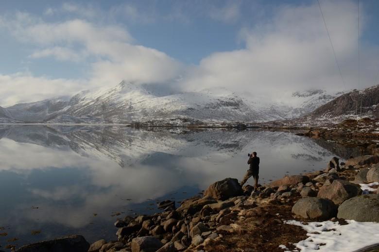 Spiegelend uitzicht Lofoten