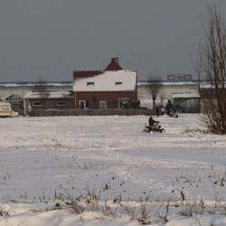 P1190496.JPG   Westlands  Sneeuwracen  met Quads   15 jan 2012