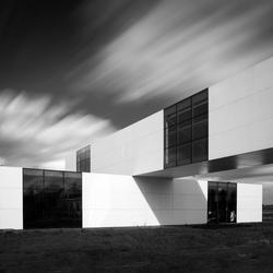 Expositie paviljoen Stanley Brouwn