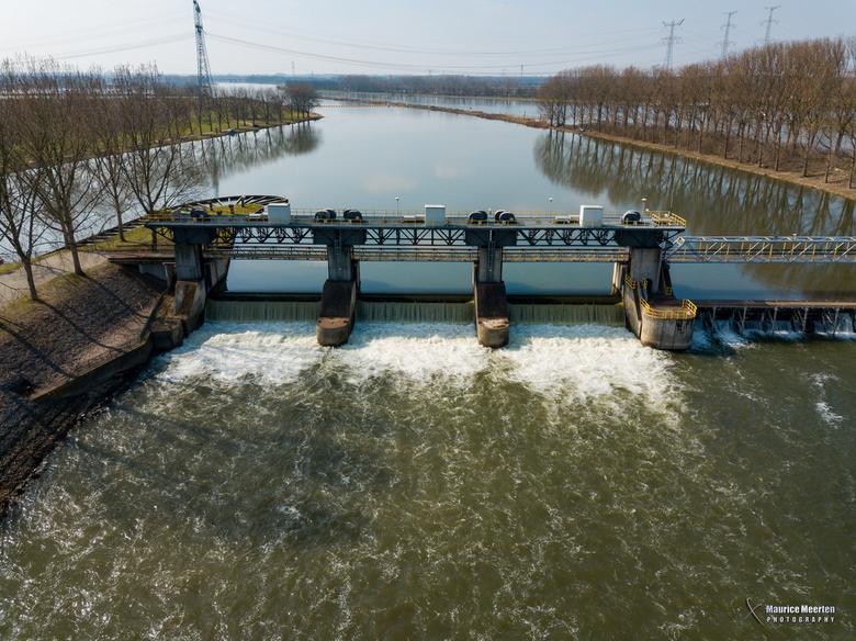 Stuwdam in Linne