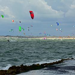 Brouwersdam; kitesurfen