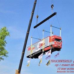 P5101142 Truckwereld groep 10 jaar actief Toetje foto 10 mei 2008