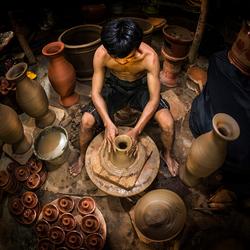 The Earthenware Maker