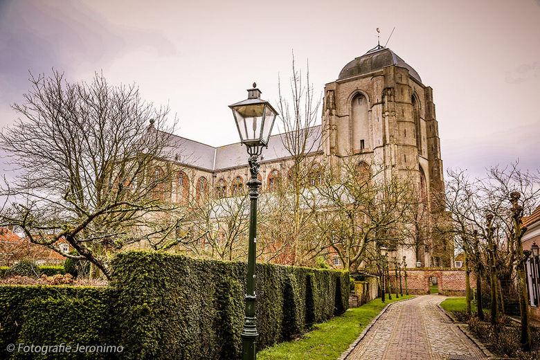 Grote Kerk Veere - Afgelopen jaar heb ik een uitgebreide reportage in Zeeland mogen maken. Uiteraard mag dan een foto van de Grote Kerk in Veere niet