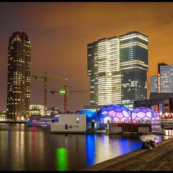 Men blijft aan het bouwen in Rotterdam,.....