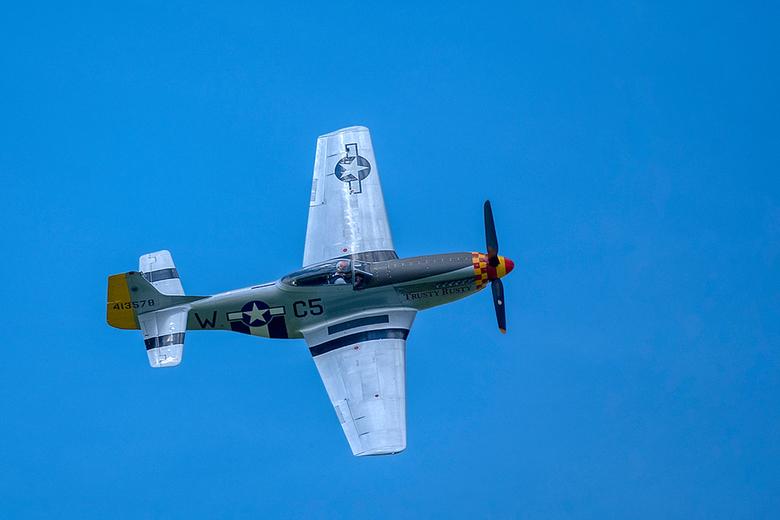 Airshow Oostwold 9 juni 2019 - Hier de geweldige P-51 oftewel de  &quot;Trusty Rusty&quot; Mustang.<br /> <br /> De P-51 werd door de stichting Vroe