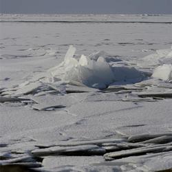 Kruiend ijs voor Urk