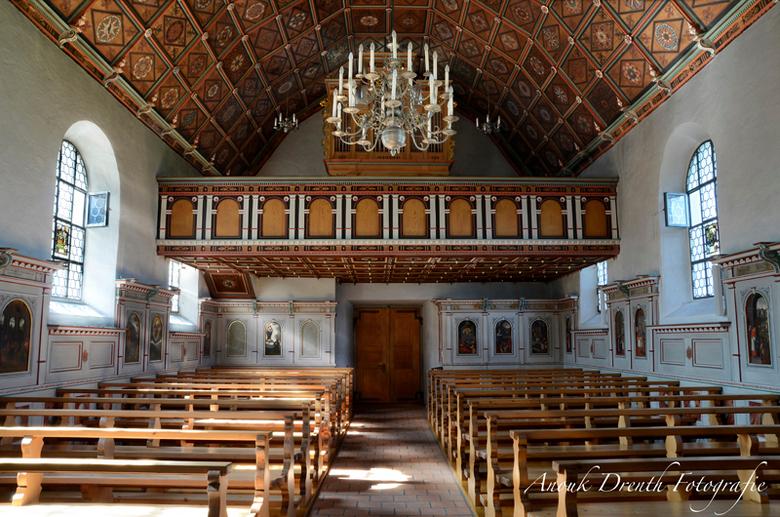 Flueli - Deze foto is een van een reeks, die ik in Flueli in Zwitserland gemaakt heb. Er is daar een hele kapellen-route die je kunt lopen, dwars door