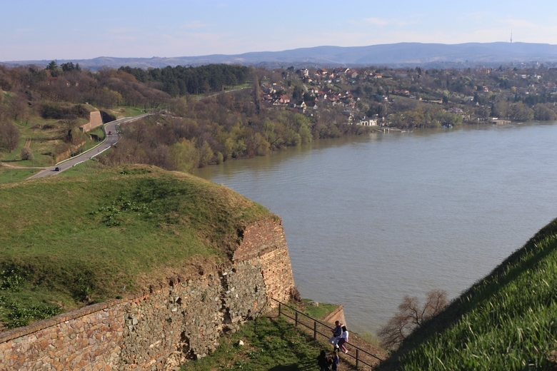 Donau - De Donau gezien vanf het fort Petrovaradin, bij Novi Sad, Servië