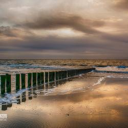 Zonsondergang strand Ameland