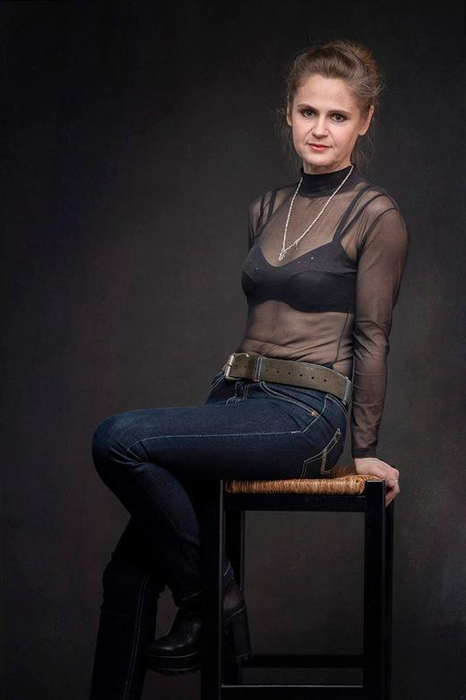 Larissa (48) uit Sint Petersburg - Veel liefs uit Rusland