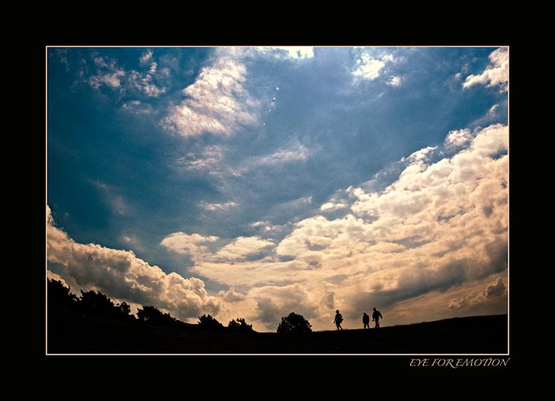 """In de wolken.. - Ik mag van Arthur geen apies meer plaatsen <img  src=""""/images/smileys/wilt.png""""/> dus dan maar weer een stukje Friesland.."""