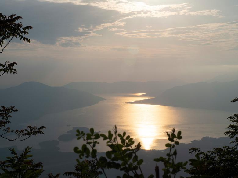 Montenegro - Kotor Bay - Einde van de dag genomen vanaf de berg.