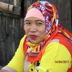 Verkoopster Vismarkt Lombok Indonesië