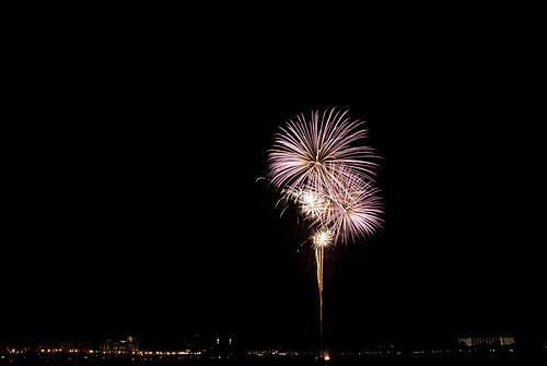 Koninginnedag 2011 - Vuurwerkshow in Dordrecht op Koninginnedag 2011