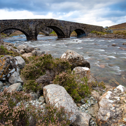 20181010-2018-10-10 D750-15309 Old Sligachan bridge_