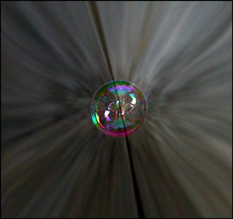"""boemmm !!.. - toch een<br /> beetje zwaartekracht? <img  src=""""/images/smileys/smile.png""""/><br /> <br /> fijne avond allemaal.."""