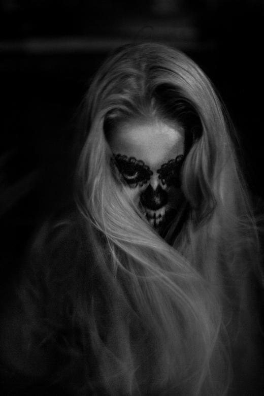 Spooky portrait - Een van de meest mysterieuze en vooral spontane foto van de shoot.