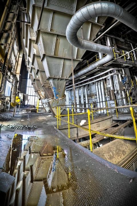 &quot;Industrial Mirror&quot; - Onlangs bij Central Thermique geweest, dit is de vijfde uit een serie panorama&#039;s die ik zal posten.<br /> <br />