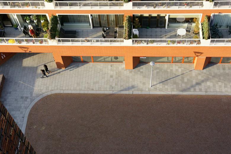 Vogelperspectief - foto is genomen vanaf een hoog gebouw, wel onder begeleiding i.v.m het gevaar. Doe dit nooit alleen.