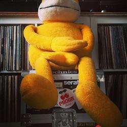 MR. Oizo loves vinyl!