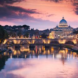 Zonsondergang en blauwe uurtje van Vaticaanstad.