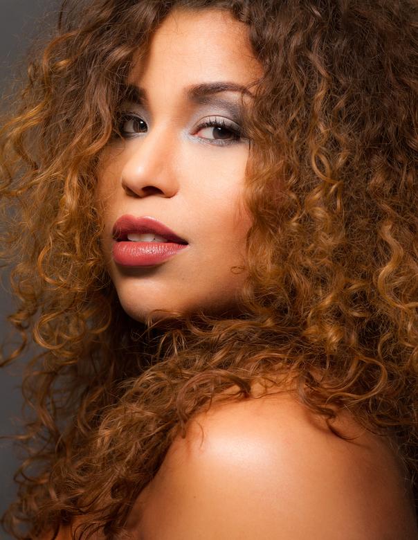 Warm - Makeup shoot met Geliza.<br />